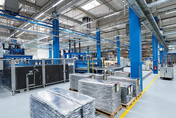 Series production of Vacuum Insulated Panels